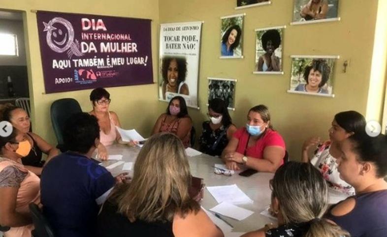 Coordenadoria da Mulher realiza reunião coletiva e apresenta planos de trabalhos