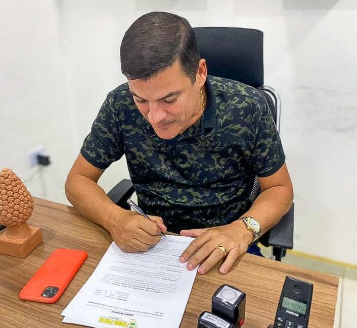 Prefeito adere com Frente Nacional de Prefeito aquisição de vacinas e insumos