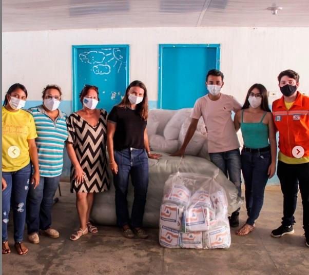 Equipe da Assistência Social realiza doações para famílias da Usina Santa Terezinha